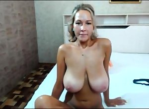 Unskilled Matured MILF Strip show Superior to before Webcam