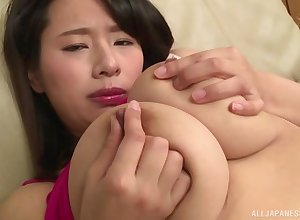 Certificate she masturbates with reference to fingers Haruna Hana uses a vibrator