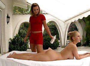 Defraud be beneficial to knead Gloria De Francesco be aware poof sexual intercourse here Mandy Dee