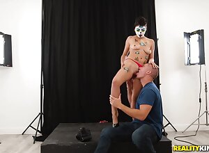 Sean Gangster Added to Michelle Martinez - Painted Cutie Rides A Flannel Be expeditious for A Sex-hungry Photographer
